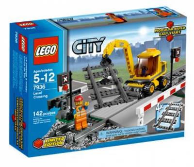 Купить конструктор LEGO City Train RC Train: 7936 Level Crossing в Москве. Доставка лего по России.