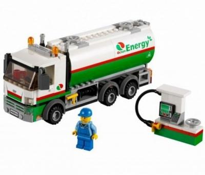 Бензовоз (Lego 60016)