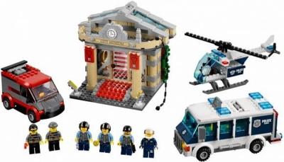 Ограбление музея (Lego 60008)