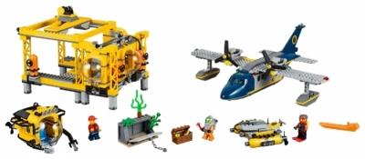 Операционная база исследователей морских глубин (Lego 60096)
